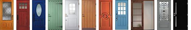 玄関ドア、木製のオシャレなドアの例